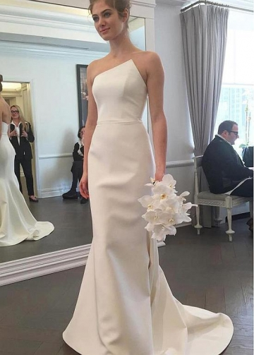 Exquisite Satin Strapless Neckline Mermaid Wedding Dresses