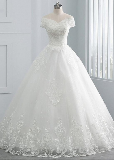 Delicate Tulle Off-the-shoulder Neckline Ball Gown Wedding Dresses With Beadings & Lace Appliques