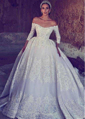 Junoesque Tulle Off-the-shoulder Neckline Ball Gown Wedding Dress With Beaded Lace Appliques