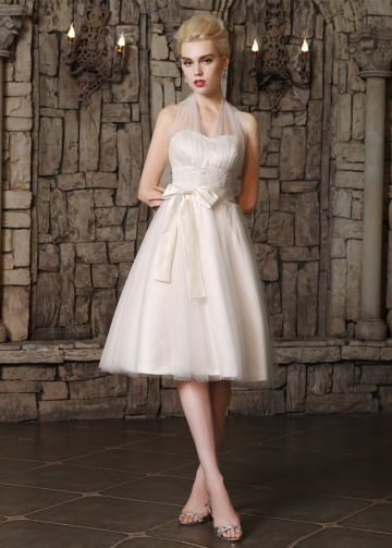Chic Tulle Halter Neckline Knee-length A-line Wedding Dresses