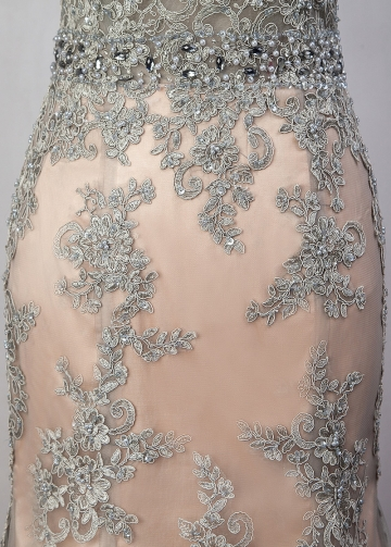 Chic Tulle Scoop Neckline See-through Natural Waistline Mermaid Evening Dress With Beaded Lace Appliques