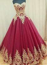 Pretty Tulle Sweetheart Neckline Ball Gown Prom Dress With Lace Appliques
