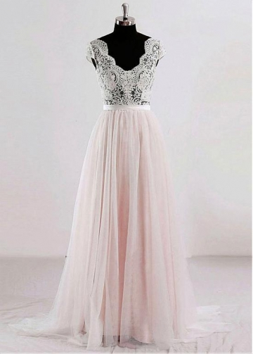 Elegant Tulle V-neck Neckline Floor-length A-line Prom / Destination Wedding Dresses