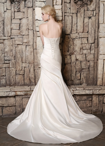 Marvelous Satin V-neck Neckline Mermaid Wedding Dresses with Rhinestones