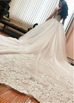 Alluring Tulle Square Neckline Ball Gown Wedding Dresses With Beaded Lace Appliques