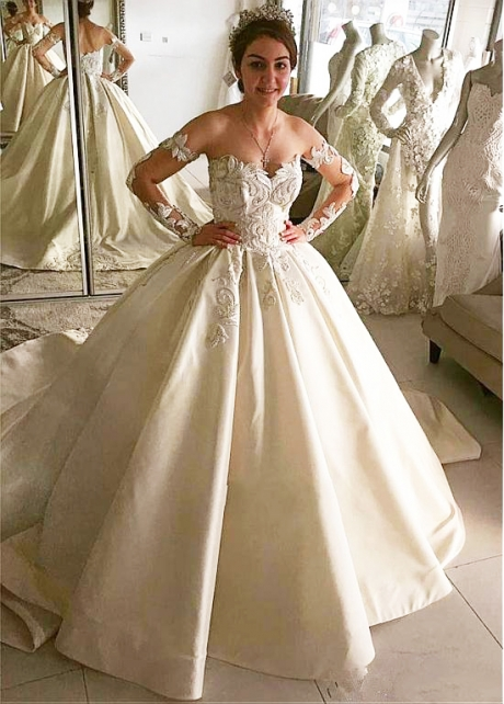 Alluring Tulle & Satin Off-the-shoulder Neckline Ball Gown Wedding Dress With Beaded Lace Appliques
