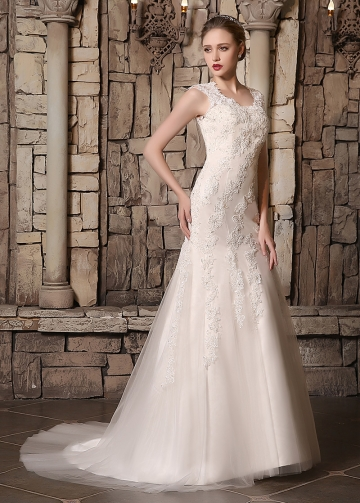 Elegant Tulle Scoop Neckline Mermaid Wedding Dresses With Beaded Lace Appliques