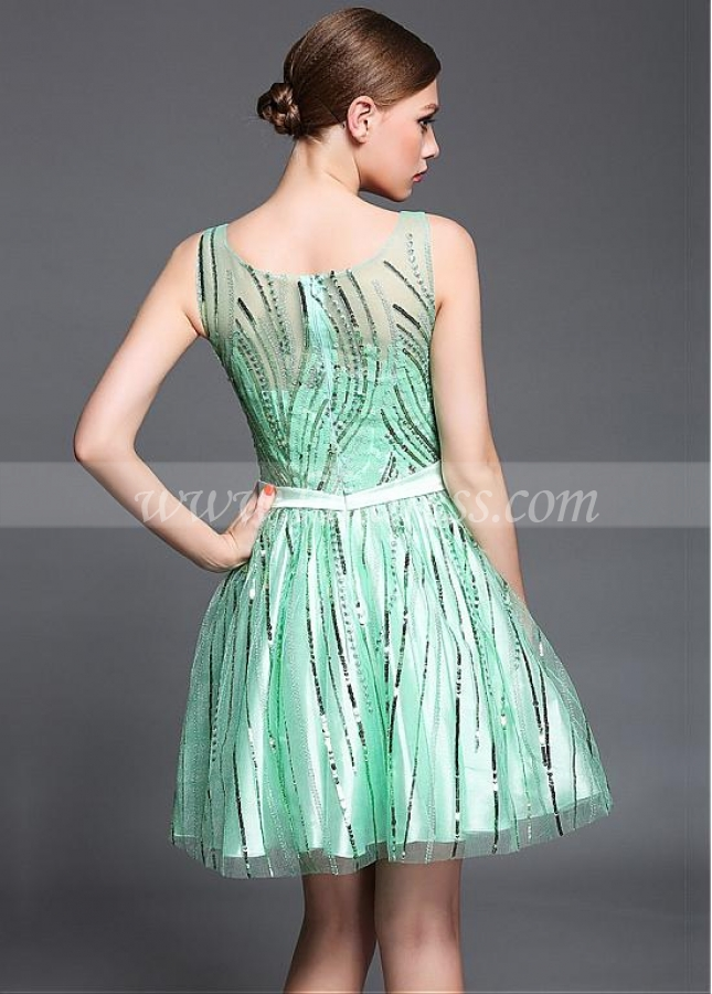 Stunning Tulle Bateau Neckline Short A-line Prom / Sweet 16 Dresses