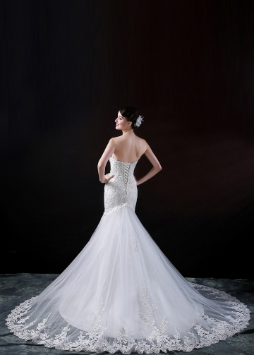 Stunning Tulle Sweetheart Neckline Mermaid Wedding Dress With Beaded Lace Appliques