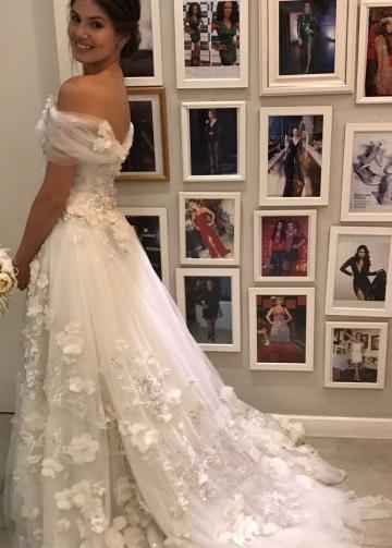 Appliques 3D Flowers Wedding Dresses Off-the-shoulder