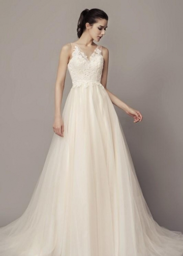 A-line Tulle Beach Wedding Dresses with Lace Bodice