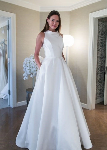 A-line Satin White Wedding Dress with Pockets