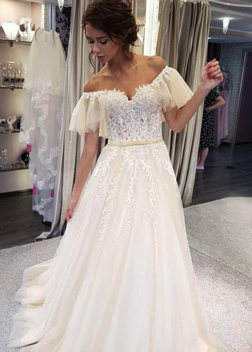 Appliques Flutter Sleeves Wedding Gown with Tulle Skirt