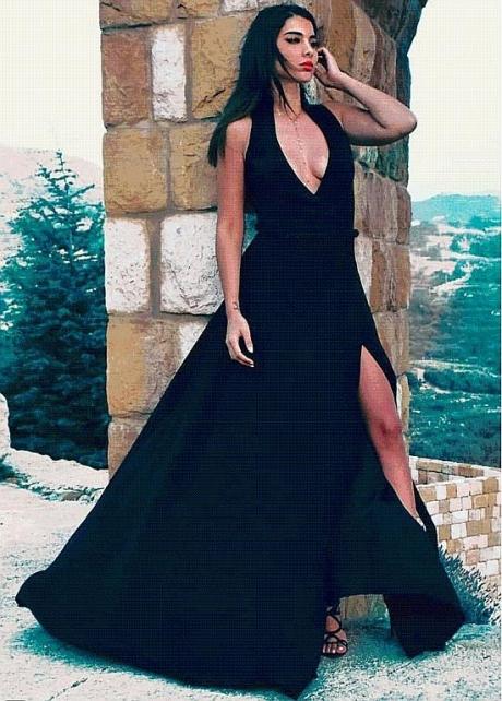 Sexy Black V-neck Neckline Floor-length A-Line Evening Dresses With Belt & Slit