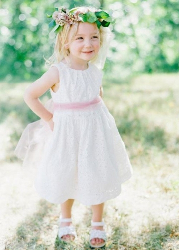 Elegant Tulle & Lace Jewel Neckline Tea-length A-line Flower Girl Dresses With Belt