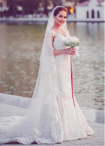 Pretty Tulle & Lace Jewel Neckline Mermaid Wedding Dress With Lace Appliques & Belt