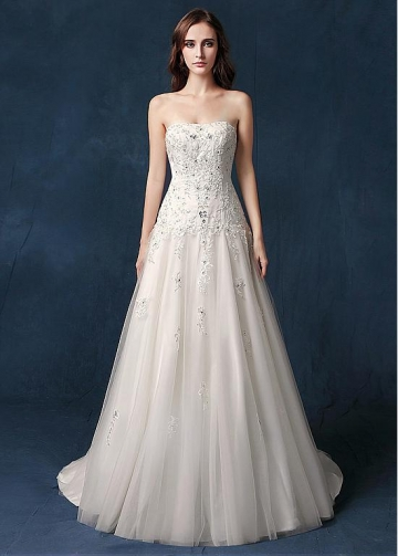 Delicate Tulle Strapless Neckline Natural Waistline A-line Wedding Dress With Beaded Lace Appliques