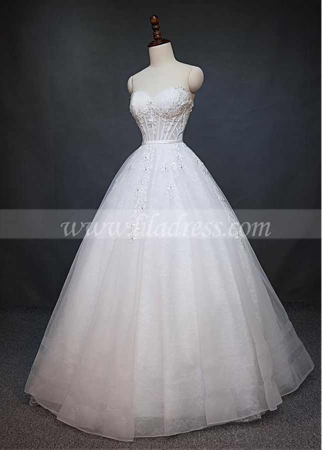 Fantastic Tulle & Lace Sweetheart Neckline a-line Wedding Dress With Lace Appliques & Beadings