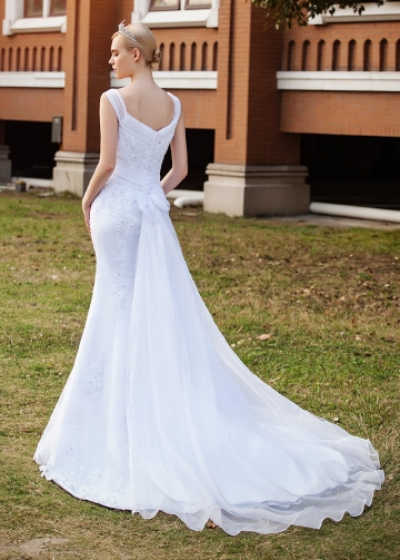 Elegant Organza V-neck Neckline Mermaid Wedding Dresses With Lace Appliques