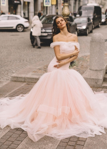 Blush Pink Tulle Wedding Gown Fit&Flare Horsehair Skirt