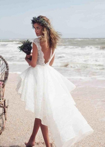 Beach Short Lace Wedding Dress with Swallowtail Skirt
