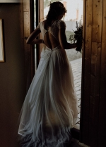 Bohemian V-neckline Summer Wedding Dress with Chiffon Skirt