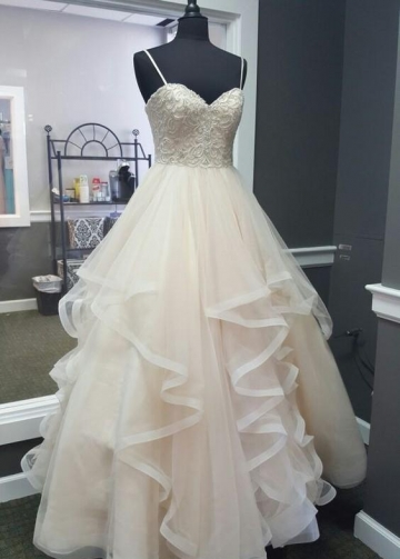 Beaded and Pearls Wedding Dresses Horsehair Skirt