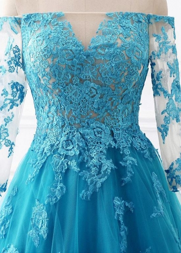 Dignified Tulle Off-the-shoulder Neckline A-line Evening Dresses With Lace Appliques