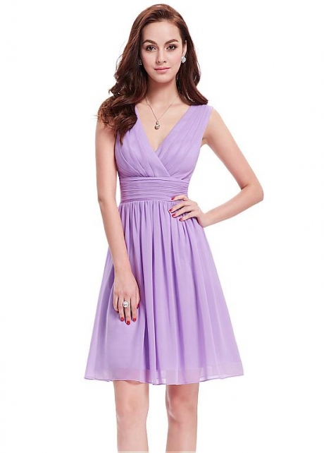Out-standing Chiffon V-neck Neckline Short A-line Prom / Bridesmaid Dresses With Pleats