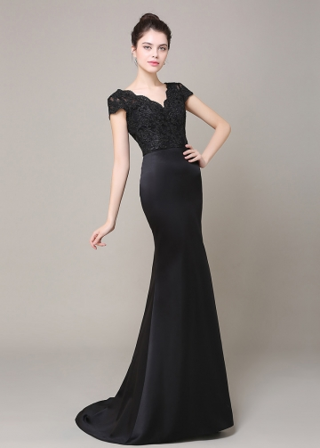 Elegant Satin V-neck Neckline Mermaid Bridesmaid Dress With Lace Appliques