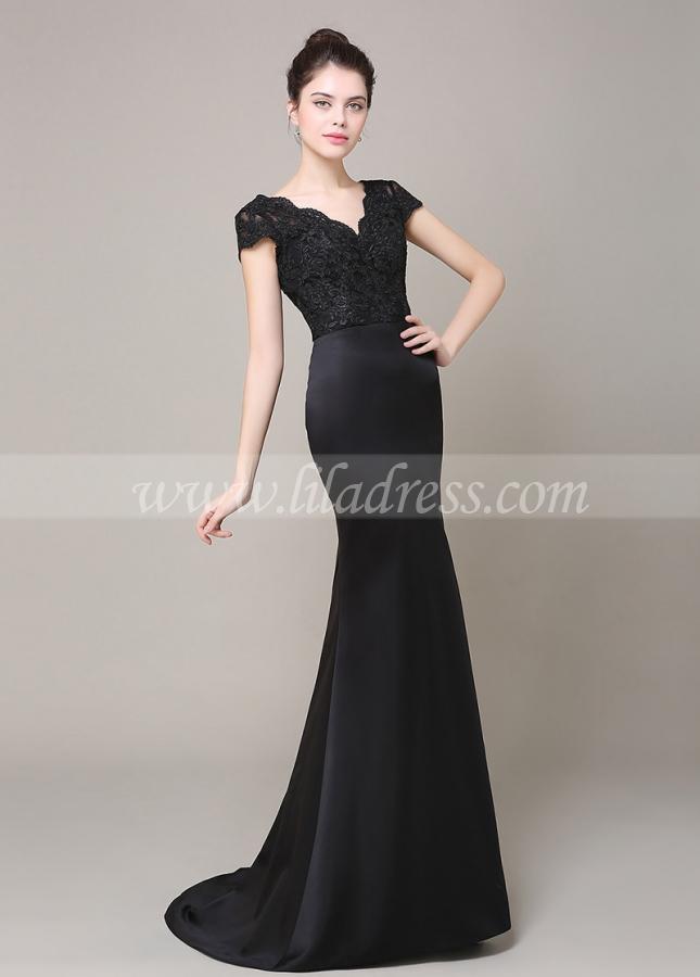 Elegant Satin V-neck Neckline Mermaid Bridesmaid Dress With Lace Appliques