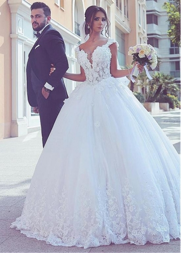 Fantastic Tulle V-neck Neckline Basque Waistline Ball Gown Wedding Dresses With Lace Appliques & 3D Flowers & Beadings