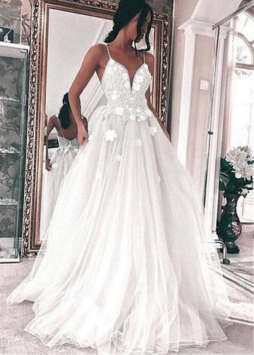 Fabulous Tulle Spaghetti Staps Neckline A-line Wedding Dresses With Beaded Lace Appliques & Handmade Flowers
