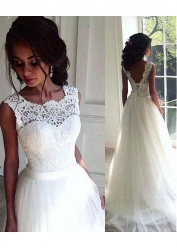 Charming Tulle Scoop Neckline A-line Wedding Dresses With Lace Appliques & Belt