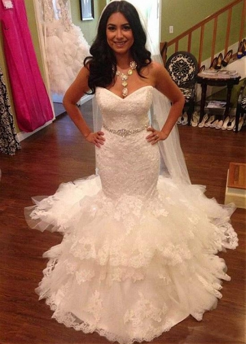 Gorgeous Tulle Sweetheart Neckline Mermaid Wedding Dress With Lace Appliques & Belt