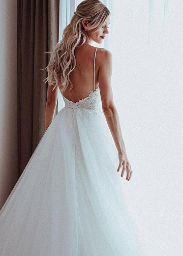 Stunning Tulle Spaghetti Straps Neckline A-line Wedding Dresses With Beaded Lace Appliques & Beadings