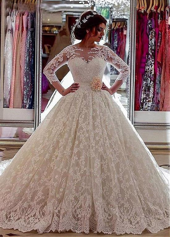 Vintage Lace Jewel Neckline Ball Gown Wedding Dresses With Beaded Lace Appliques & Belt & 3D Flowers