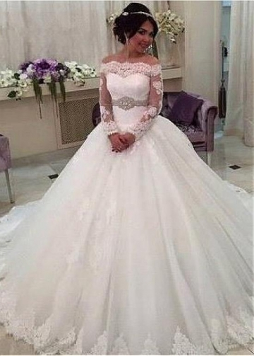 Charming Tulle Off-the-shoulder Neckline Ball Gown Wedding Dress With Lace Appliques & Beadings