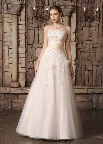 Chic Tulle Strapless Neckline Floral A-line Wedding Dresses