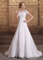 Romantic Tulle Bateau Neckline A-line Wedding Dresses With Beaded Lace Appliques