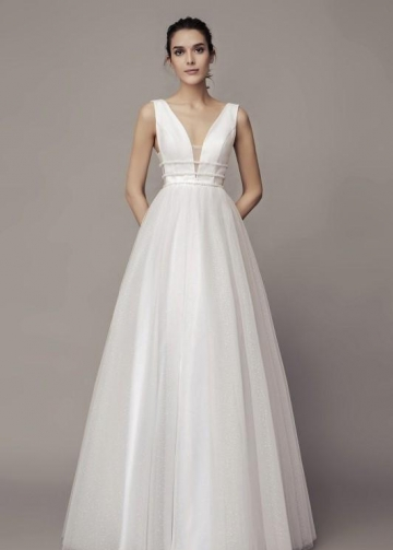 Chic V-neckline Wedding Gown with Dotted Tulle Skirt