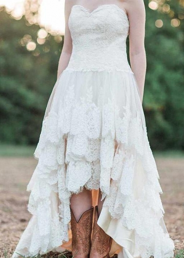 Country Style Corset Wedding Dress with Layers Lace Skirt