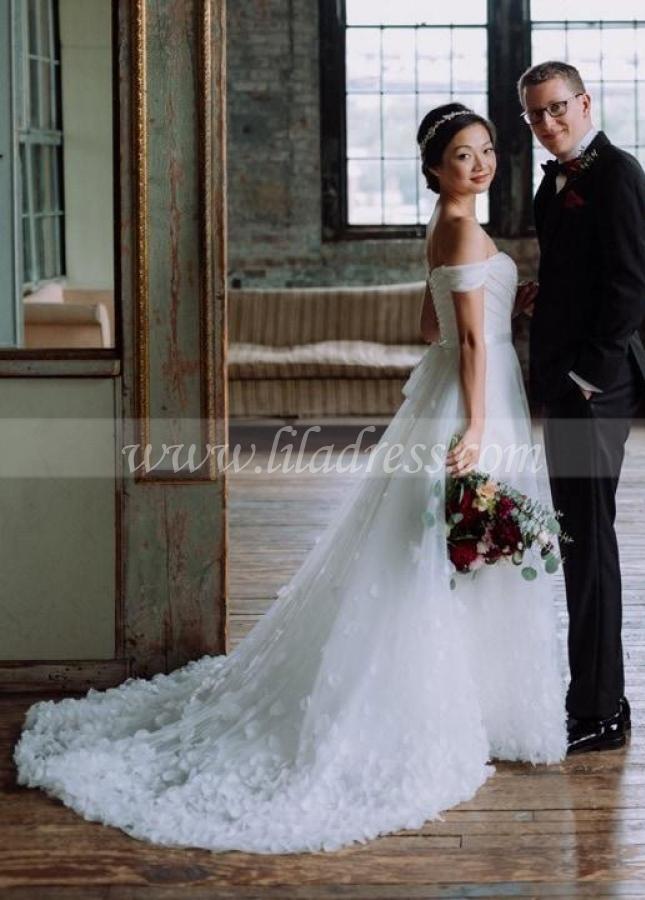 Clustered Petals Skirt Wedding Dress Off-the-shoulder Vestido de novia