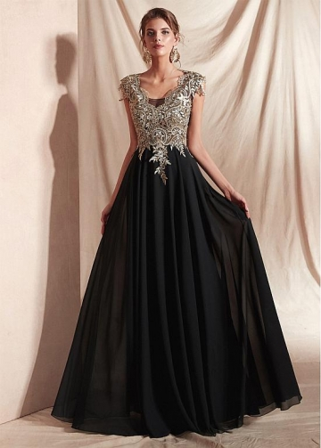 Stunning Chiffon V-neck Neckline Cap Sleeves A-line Evening Dresses With Embroidery