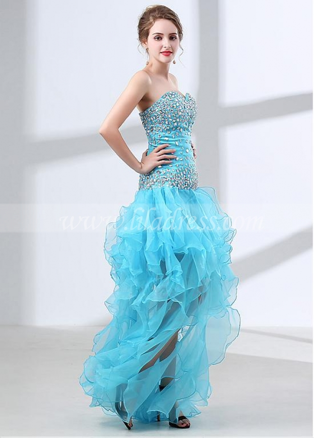 Modest Diamond Tulle Sweetheart Neckline A-line Prom Dress With Beadings