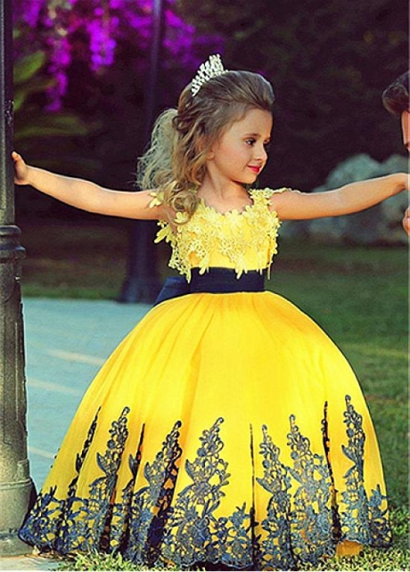 Lovely Satin & Tulle Jewel Neckline Ball Gown Flower Girl Dress With Lace Appliques & Belt