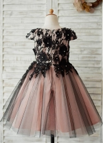 Chic Lace & Tulle Scoop Neckline Cap Sleeves Knee-length Ball Gown Flower Girl Dresses With Beadings