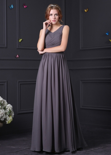 Stunning Chiffon Scoop Neckline Sheath Bridesmaid Dress