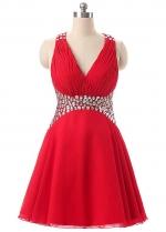 Fashionable Chiffon V-Neck A-Line Short Homecoming Dresses With Rhinestones