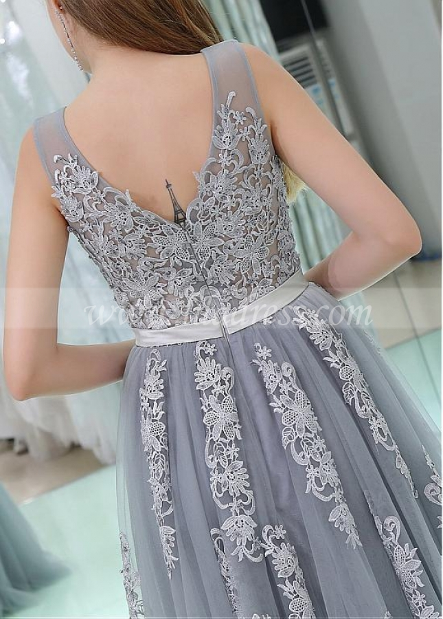 Gorgeous Tulle V-neck Neckline Floor-length A-line Prom Dresses With Lace Appliques & Belt